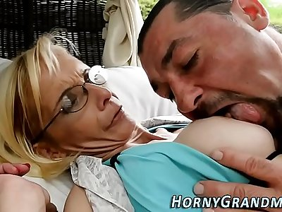 Analized cougar cumshot