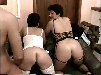 Anal sex threesome with German matures Emma & Lena stockings - campornclips.com