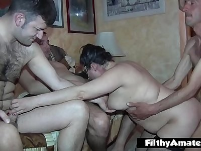 Two BBW wash my cock before getting enjoy and drinking cum