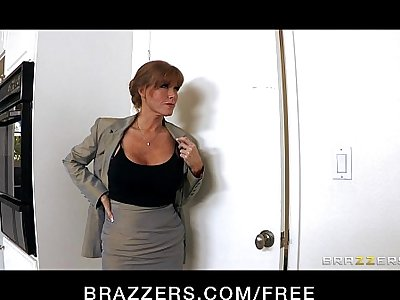 HOT big-tit redhead MILF slut saleswoman fucks client's hard-dick