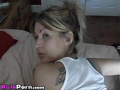 Hot Milf With Hot Body Gets Fucked Anal