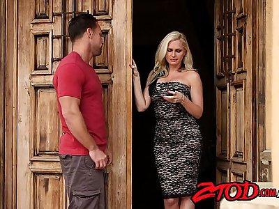 smoking-hot-milf-holly-heart-drilled-hard-720p-tube-xvideos